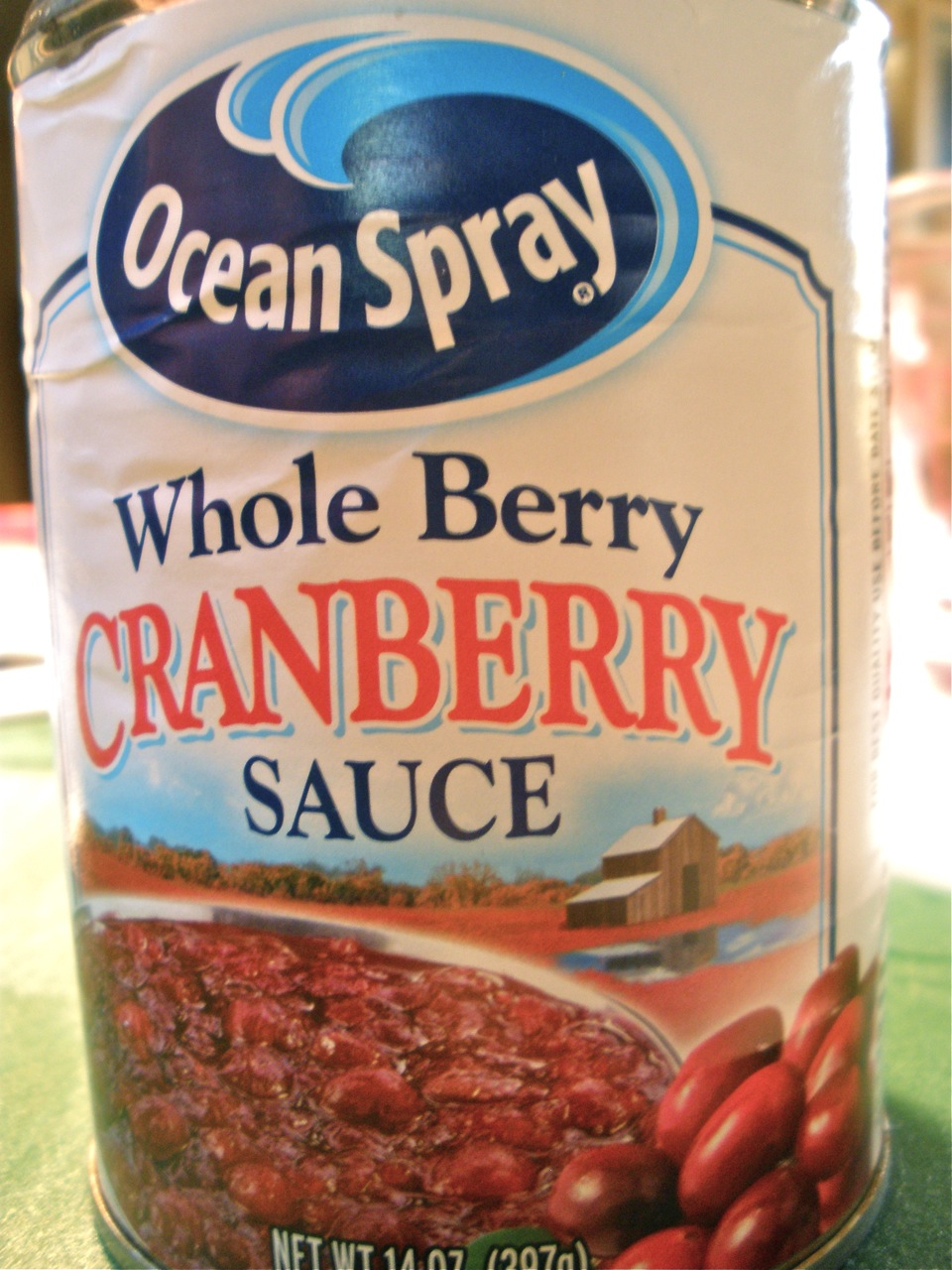 can of cranberry jello sauce