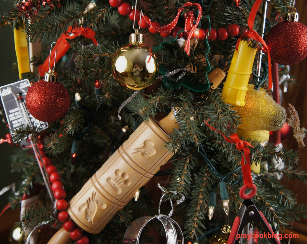 Kitchen Ornament Christmas Tree My Daily Bread Body And Soul