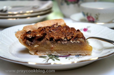Pecan Caramel Pie w/tea