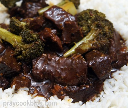 beef and broccoli plated