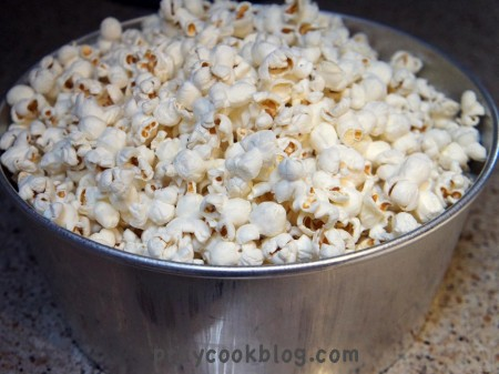 popcorn in angel pan