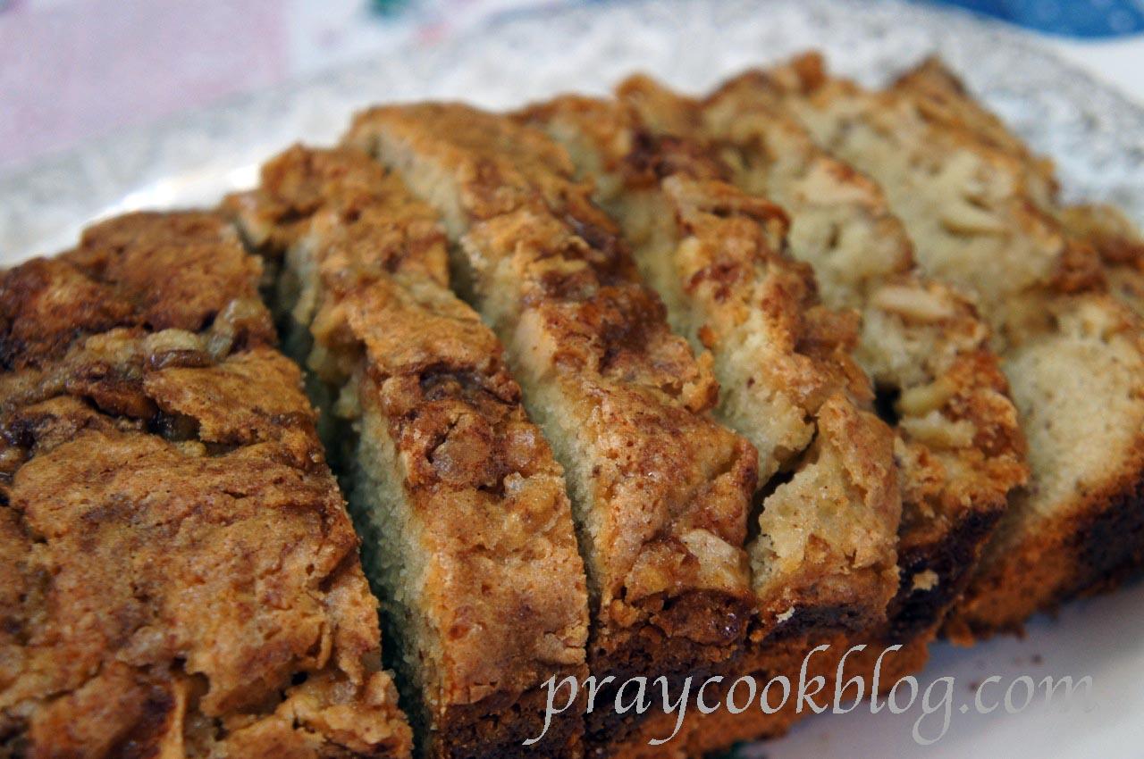 Apple Cinnamon Nut Bread