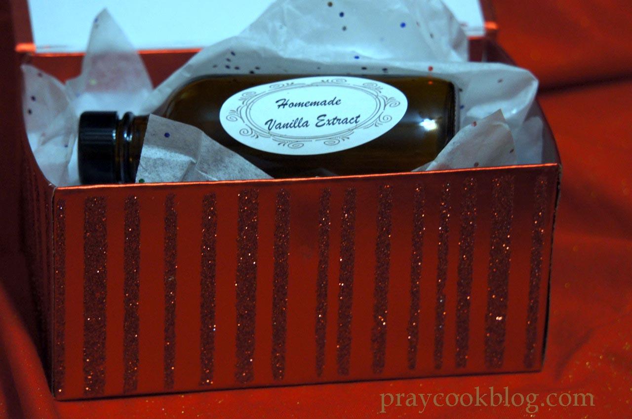 DIY Homemade Vanilla Extract