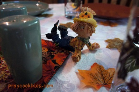 scarecrow fall table