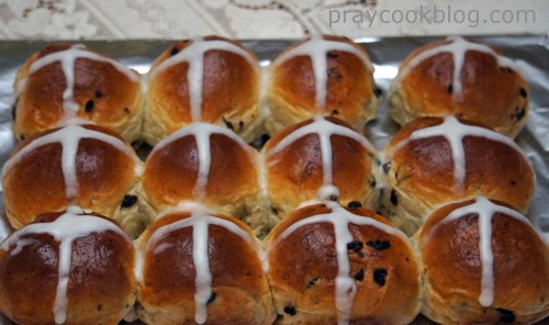 hot cross dozen