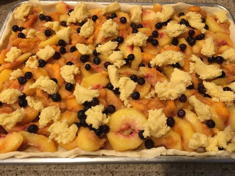 Peach and Blueberry Slab Pie with topping