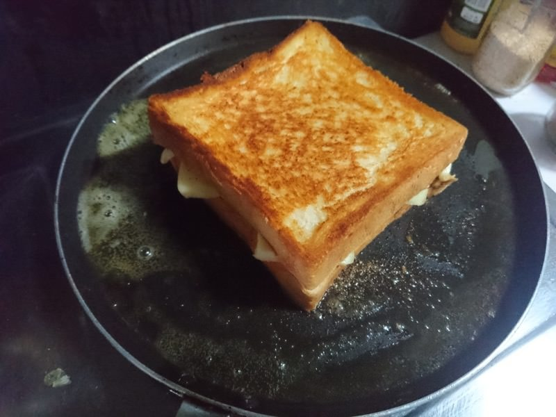 bt grilled cheese 19