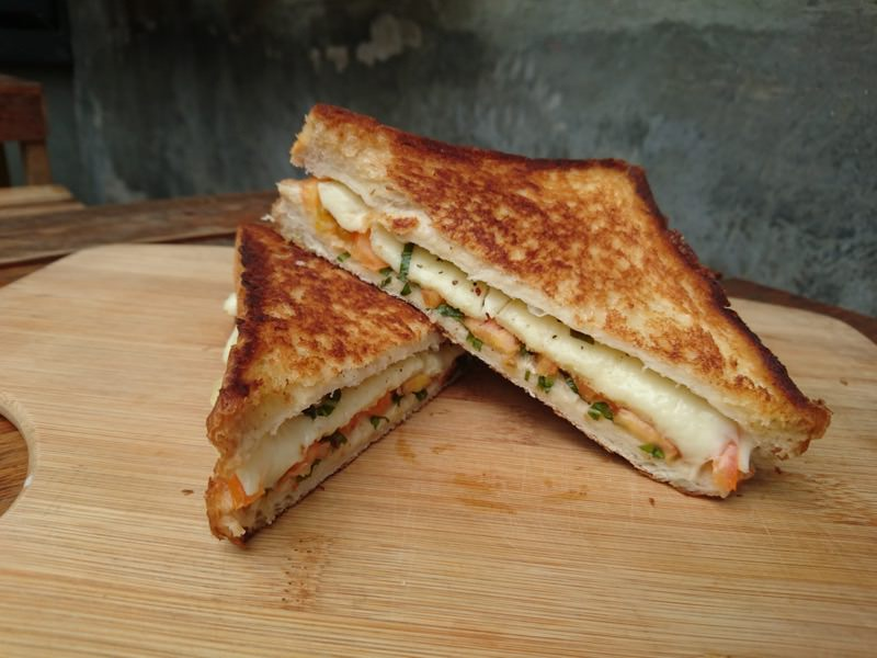 bt grilled cheese 22
