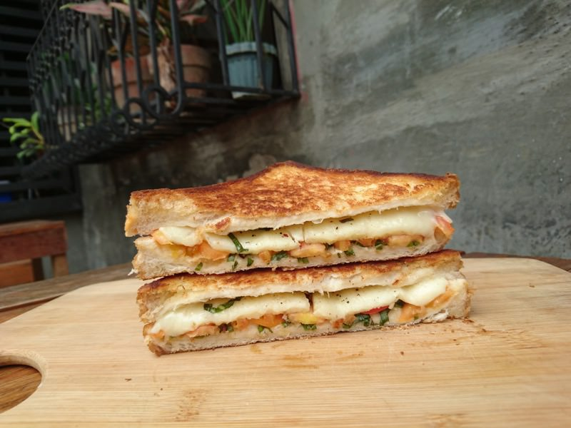 bt grilled cheese 23
