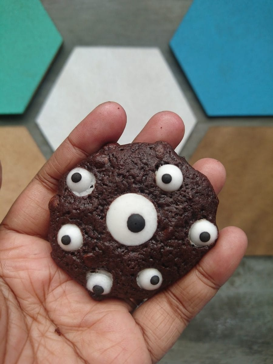eye cookie for halloween